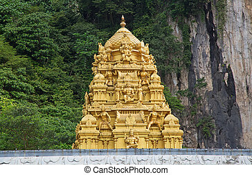 Batu Caves complex - Famous Batu Caves shrine near Kuala...