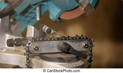 sharpening chain saws have a special device