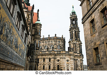 Catholic Church and Dresden Castle - Monument to King John...