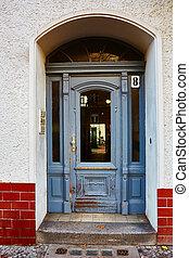 Vintage wooden door in Berlin