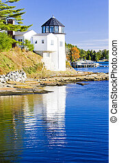 lighthouse, First Light Bed and Breakfast, Maine, USA -...