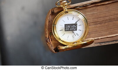 Live now do now idea - Live now do now text, antique gold...