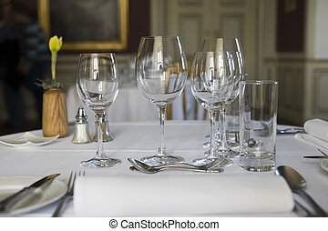 Restaurant - Classic dinner table close up - Dining table...