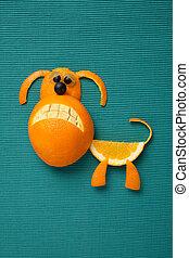 perro, hecho, de, naranja, y, uva, en, verde, tela, Plano de...