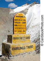 Khardung la - the highest road automobile asphalt pass on...