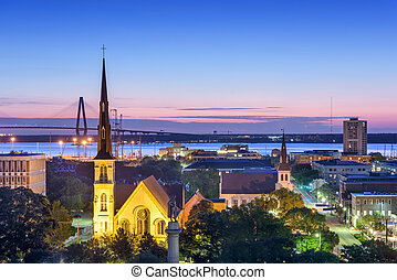 Charleston, South Carolina, USA downtown skyline