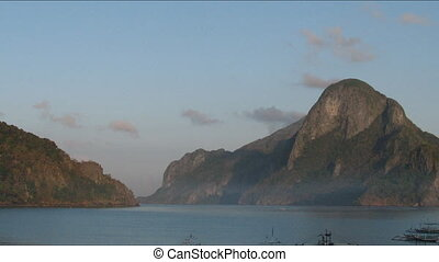 Time lapse of sunrise in El Nido , Philippines - El Nido...