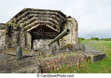 Battery of Crisbecq - Crisbecq fortified position that...