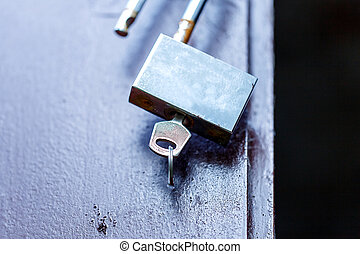 padlock key open old rusty
