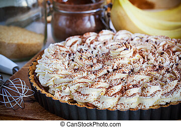 Banoffee pie with whipped cream and chocolate - Banoffee pie...