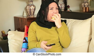 Muslim woman having tooth ache - Muslim woman with a...