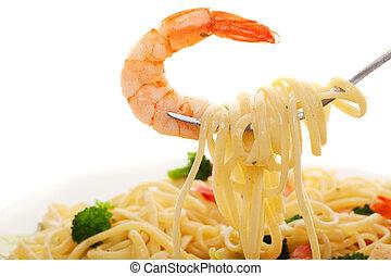Linguine and shrimp
