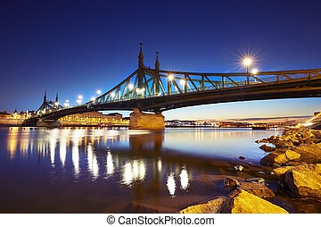 Amazing dawn in Budapest - Amazing dawn - Freedom Bridge...