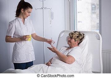 Enfermera, Dar, Medicina, a, paciente,