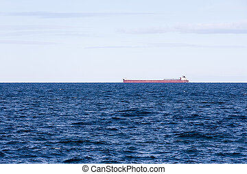 Great Lakes Freighter with Mid Horizon - Great Lakes ore...
