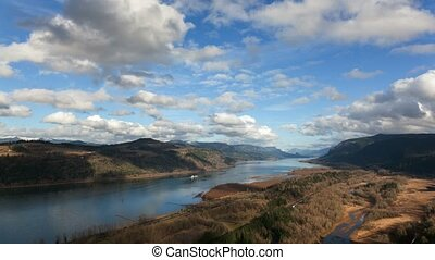 Time Lapse of clouds Columbia River - UHD 4k Time Lapse...