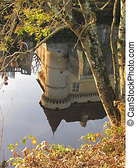 Reflection, Castle, Losse, Valley Vezere - Valley of Vezere...