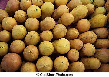 ASIA THAILAND CHIANG MAI MARKET - papaya fruits at the Talat...