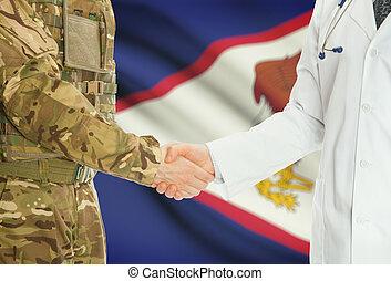militare, uomo, in, uniforme, e, dottore, tremante, mani,...