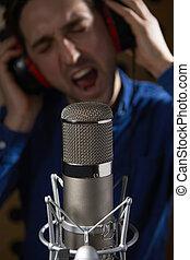 macho, vocalista, en, grabación, estudio,