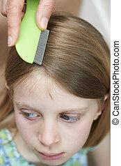 mère, vérification, filles, cheveux, pour,...