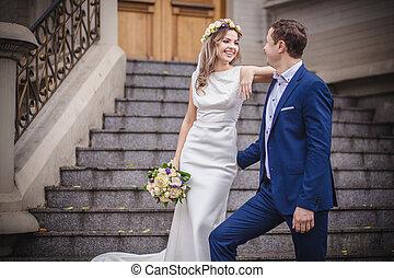 bride groom smile stairs happy