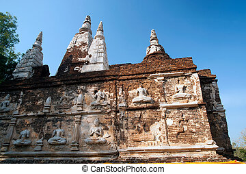 The Maha Chedi of Wat Chet Yot temple. - Maha Chedi in Wat...