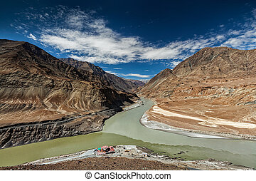 Confluence of Indus and Zanskar Rivers, Ladakh - Confluence...