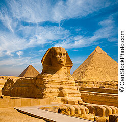 Full Sphinx Profile Pyramids Walkway Giza
