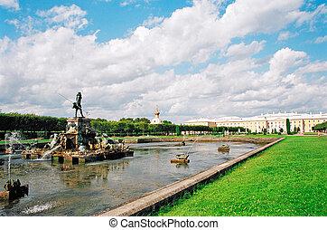 Peterhof. Fountains.