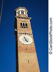 Lamberti Tower in Verona, Italy
