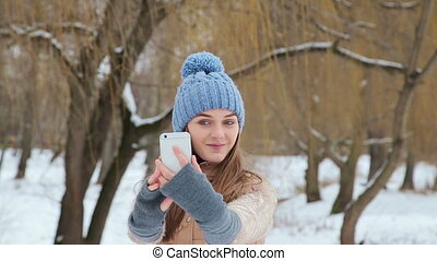 girl photographed themselves with winter park HD