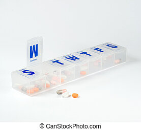 Weekly pill box with monday open