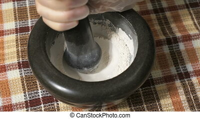 Mortar for grinding eggshells Extraction of calcium - Mortar...