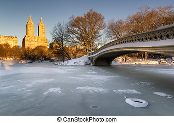 Winter Sunrise on Central Park and Upper West Side, NYC -...