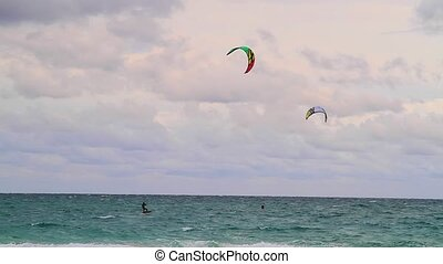 kite on windy days in Miami Beach