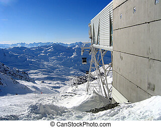 Val Thorens with cablecar
