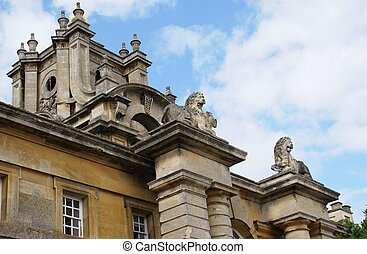 Blenheim Palace details, England - Blenheim Palace in...