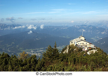Eagle\'s Nest - The Kehlsteinhaus (in English-speaking...