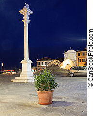 Column monument next to the Vigo bridge, Chioggia - View of...