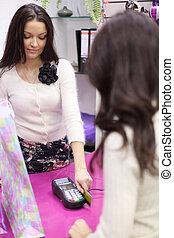 credit card sale in shop