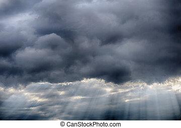 Oscuridad, por, rayos, nubes, luz