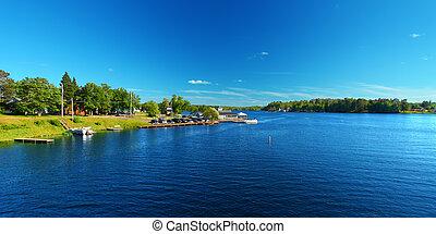 Lake Minocqua Wisconsin - Lake Minocqua is located in...