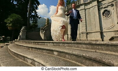 Walking of Just Married Italia Como.