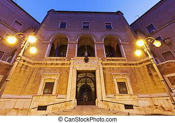 Architecture of Foggia before the sunrise. Foggia, Apulia,...