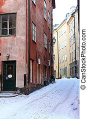 Stockholm winter street - Tide and narrow street in...