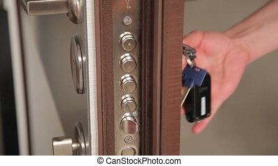 Opening and Closing of the Door Lock - Someone opens door...