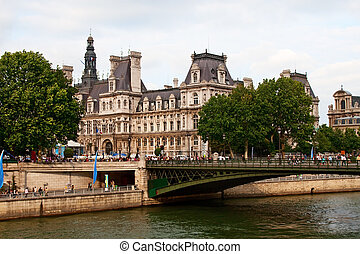 Paris - France - Paris: Hotel de ville and Seine river