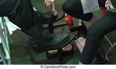 Shoe Shiner (1 of 2) - Shoe Shining