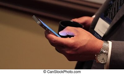 Using a mobile device at a meeting (5 of 5)